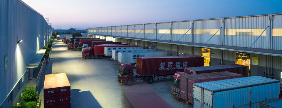 Goodman Fengxian_Shanghai_Logistics_trucks_warehouse_evening